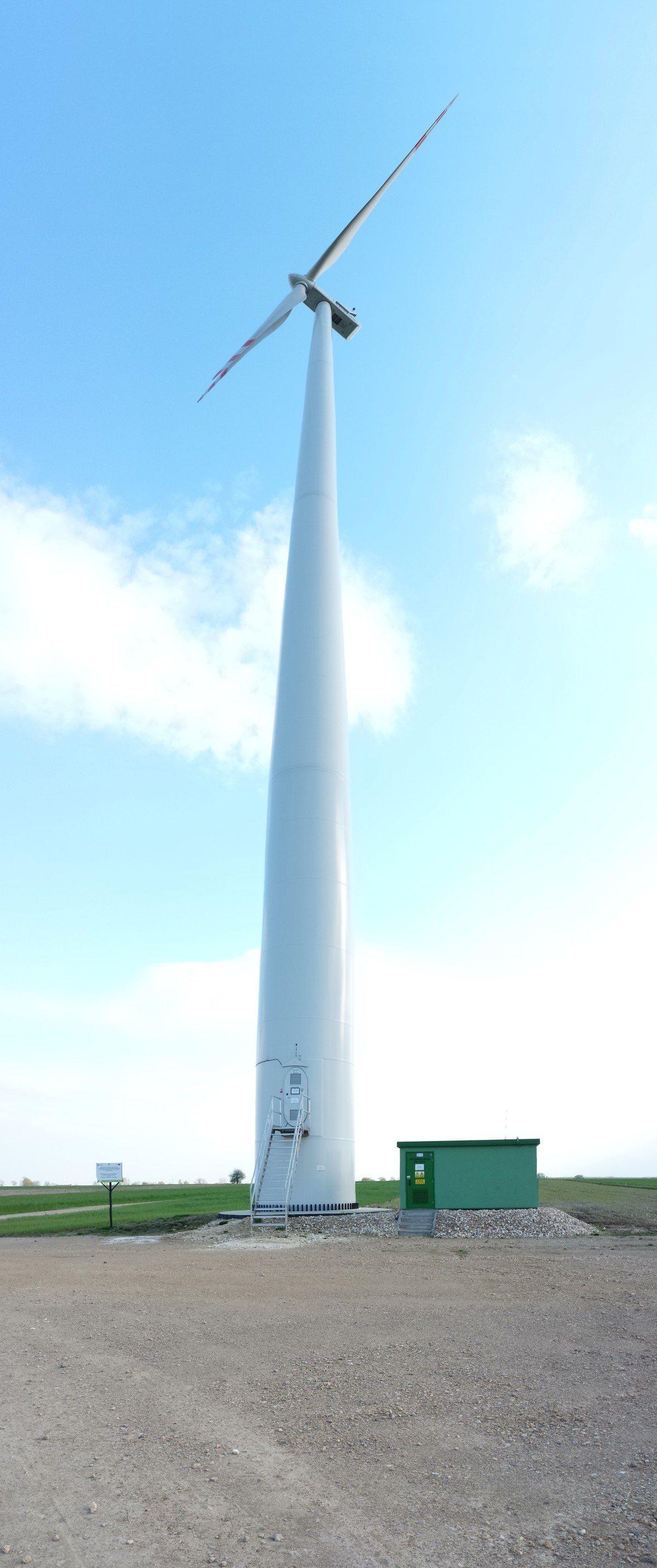 elektrownia wiatrowa Suchowola.jpg