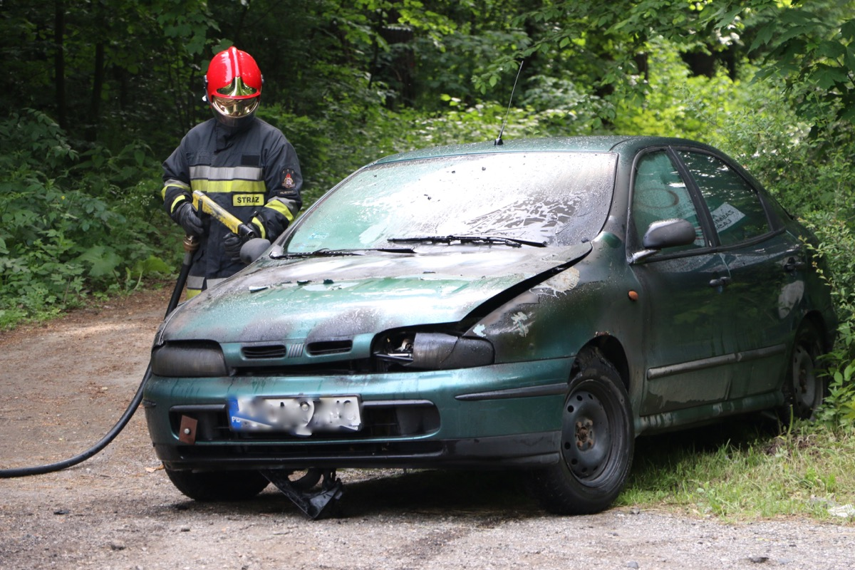 Fiat zapalił się podczas jazdy