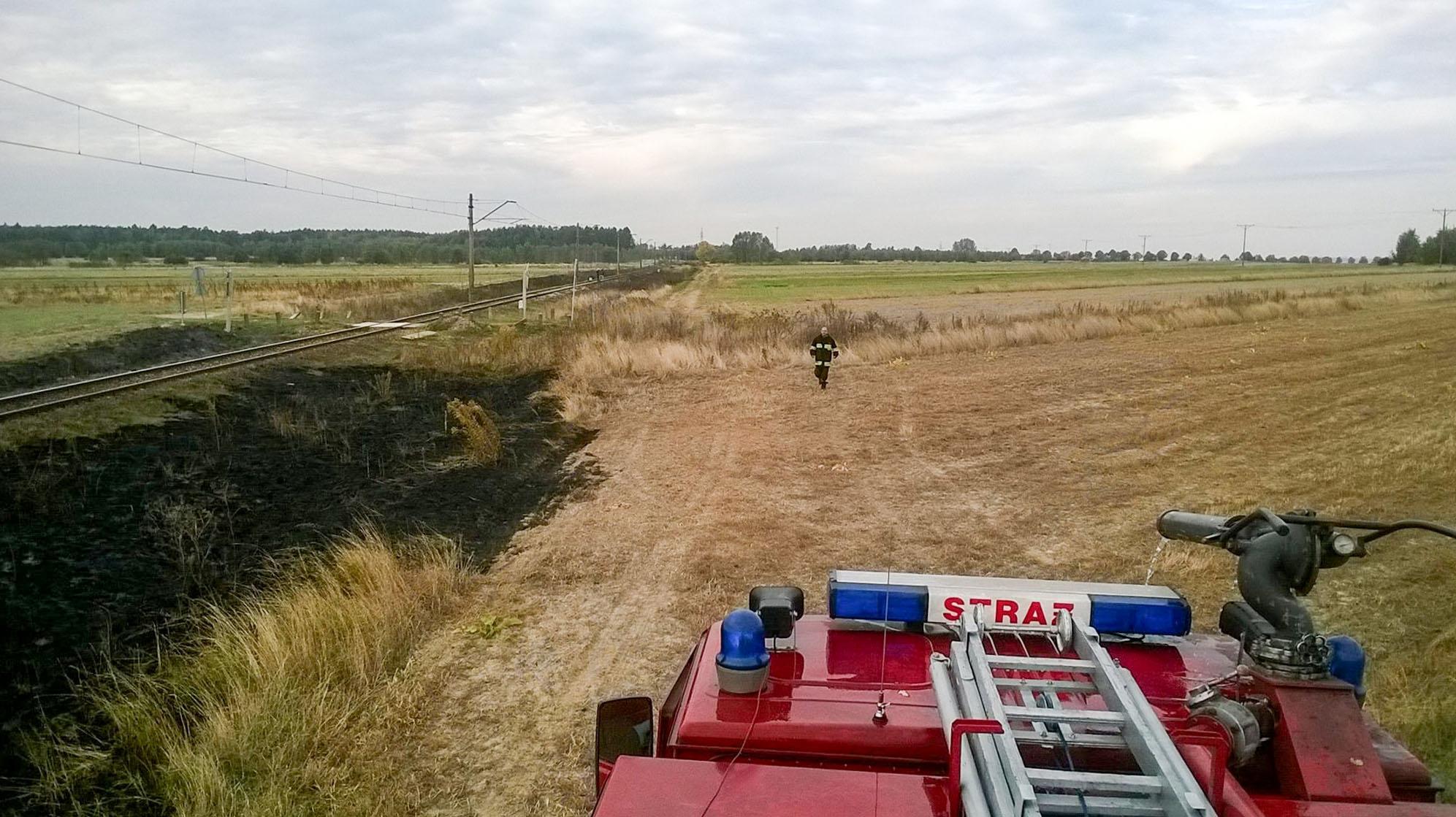Pożar nasypu kolejowego w Wistce