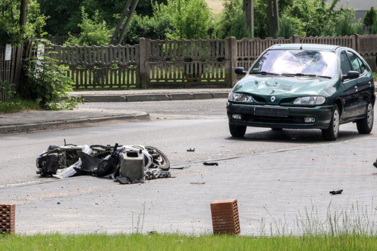 Dwa wypadki z udziałem motorowerzystów