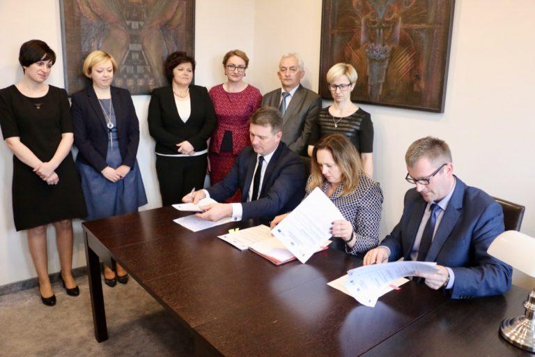 Otwarcie nowoczesnego przedszkola w Sulmierzycach już w przyszłym roku