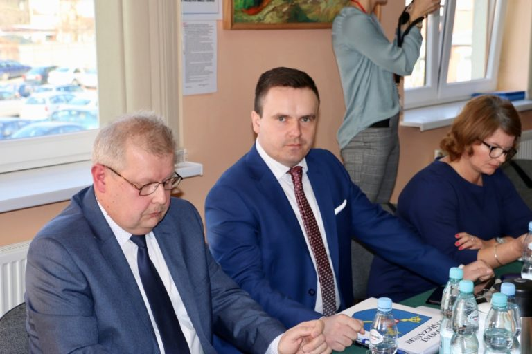 """Radny Drab """"znalazł"""" 2 miliony złotych"""