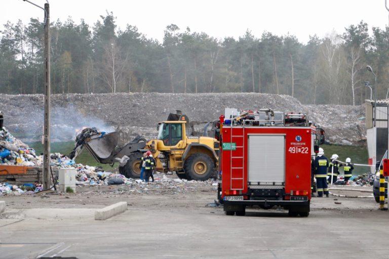 Pożar na wysypisku śmieci pod Pajęcznem