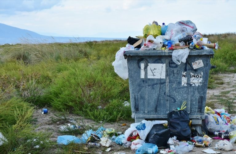 Drożej za śmieci! Duża podwyżka opłat w gminie Pajęczno