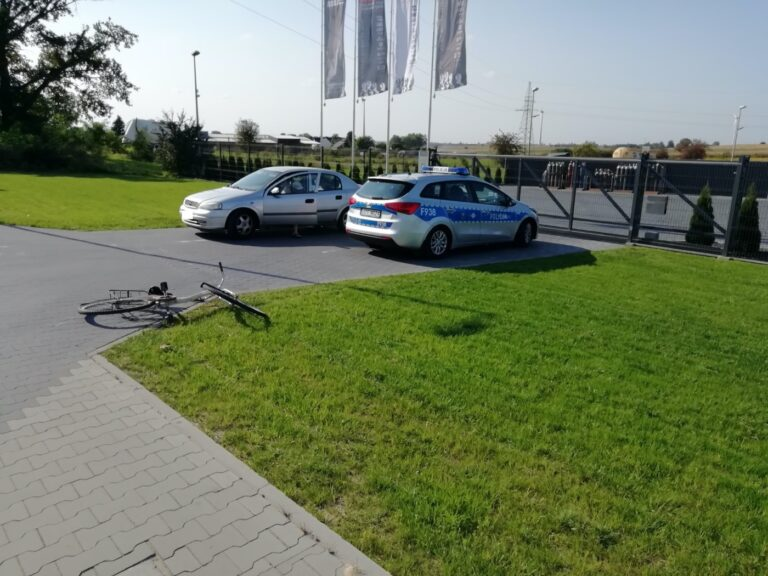 Potrącenie rowerzystki w Trębaczewie