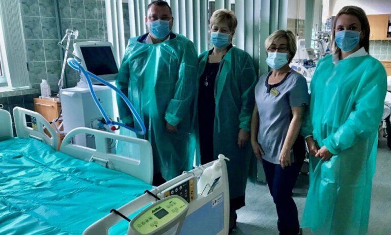 Respirator ufundowany przez gminę Działoszyn trafił do szpitala