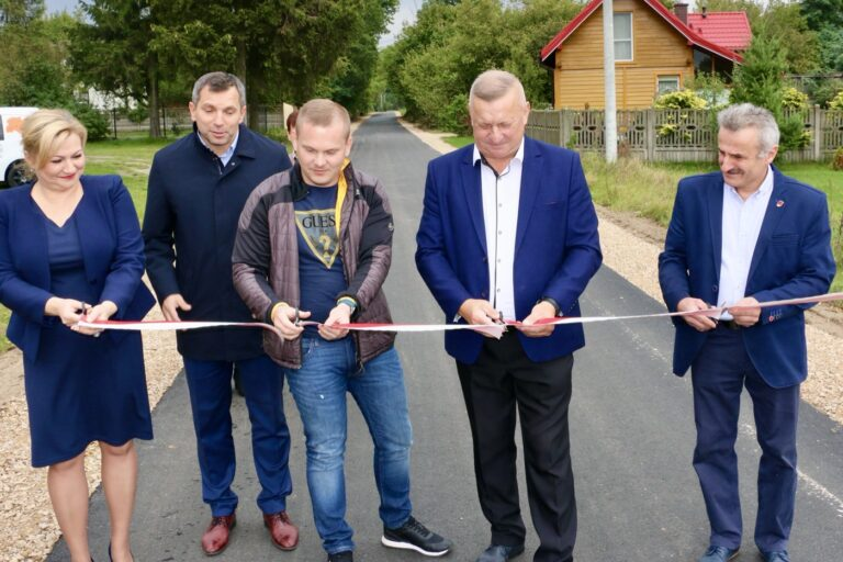 Oficjalne otwarcie drogi w Lipinie