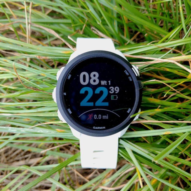Jak wybrać smartwatch dla kobiety?