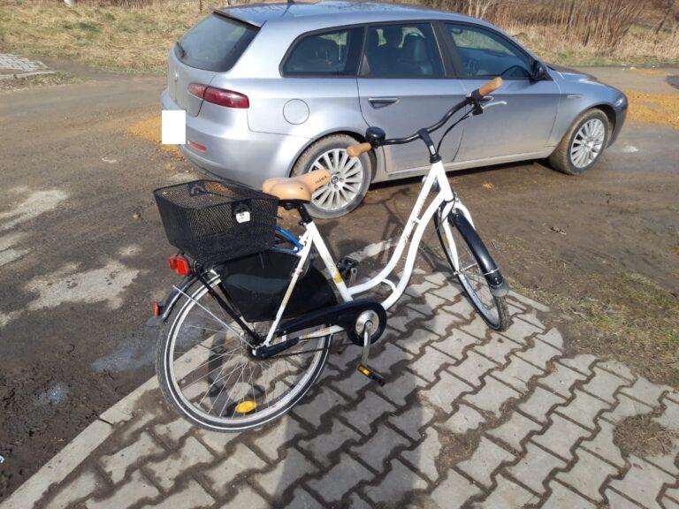 Potrącenie rowerzystki w Pajęcznie