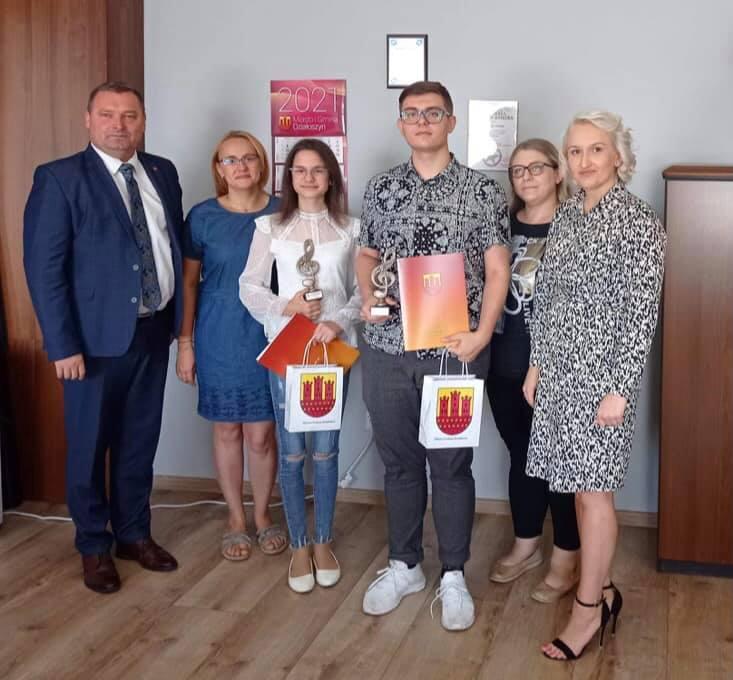 Burmistrz Działoszyna nagrodził młodych i zdolnych